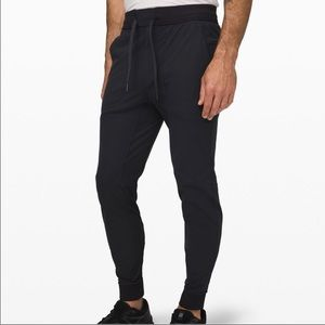 Men's Lululemon ABC Jogger in BLACK